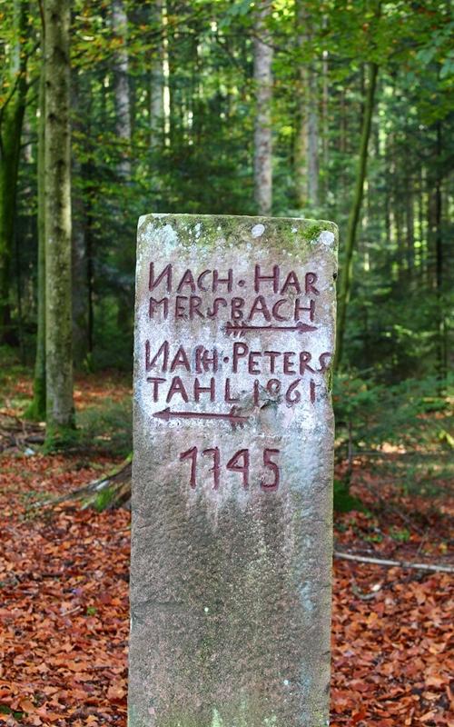 grenzstein-oberharmersbach-bad-peterstal-loecherberg