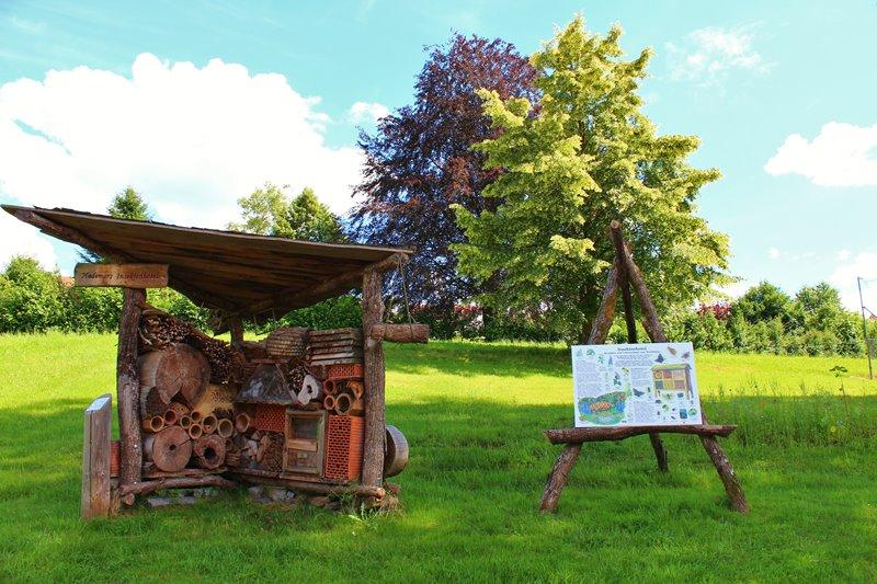 insektenhotel-erlebnispfad-oberharmersbach