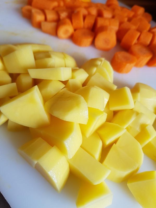kartoffel-kuerbiscremesuppe